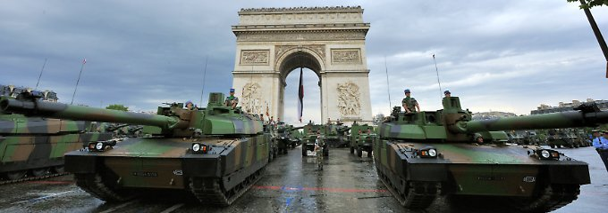 """Das Konkurrenzmodell zum deutschen Exportschlager """"Leopard II"""": Kampfpanzer vom Typ """"Leclerc"""" bilden das Rückgrat der französischen Heeresstreitkräfte."""