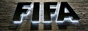 Ein Fifa-Funktionär soll der Drahtzieher der Ticketmafia sein.