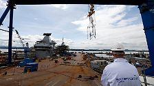 """Londons neuer Flugzeugträger: Die Taufe der """"HMS Queen Elizabeth"""""""