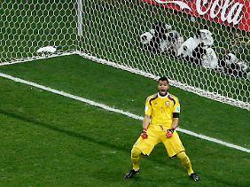 Mit zwei gehaltenen Elfmetern avancierte Sergio Romero zum Helden.