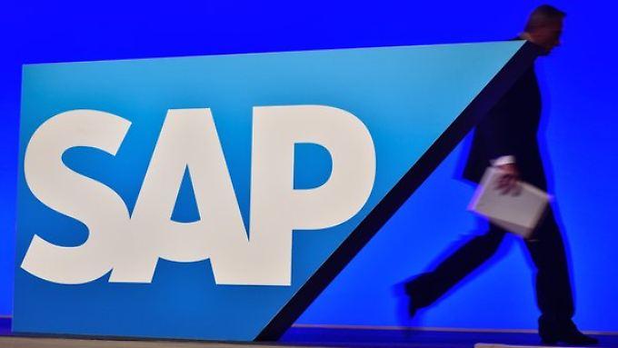 In die Wolken geschaut: SAP traut sich im Cloud-Geschäft mehr zu.