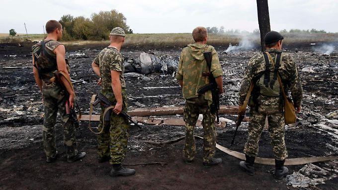 Die Absturzstelle in der Ostukraine.