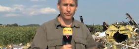 n-tv Reporter an Absturzstelle: Wrackteil der MH17 weist auf Raketentreffer hin