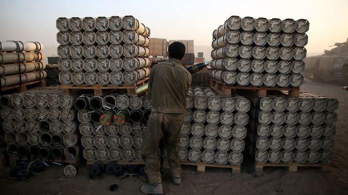 Die Munition befindet sich bereits auf israelischem Boden in einem Zwischenlager der Amerikaner.