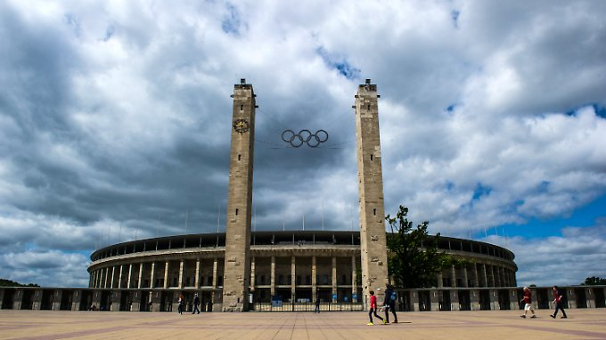 Das Berliner Olympiastadion könnte erstmals seit 1936 wieder olympische Spiele beherbergen.