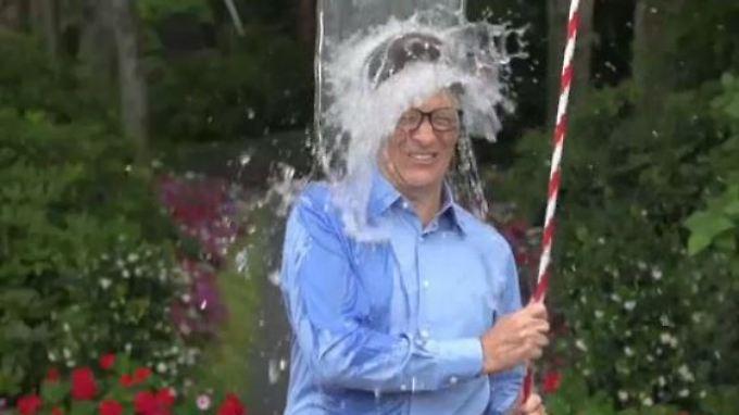 Promi-News des Tages: Bill Gates gönnt sich Eisdusche