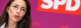 Thilo Sarrazin ist der SPD-Generalsekretärin Yasmin Fahimi ein Dorn im Auge.