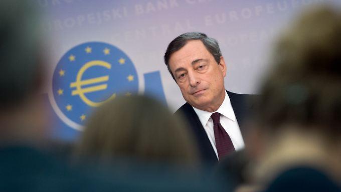 Europas Börsen feiern EZB-Chef Draghi für sein neues Billiggeld-Bekenntnis. Zieht die Wall Street nach?