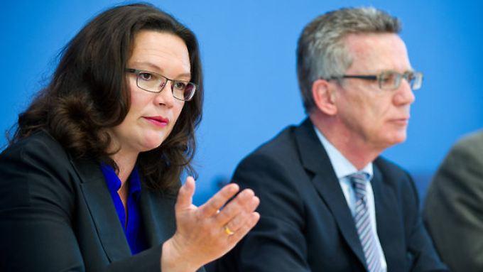 Juristisch anspruchsvoll: Arbeitsministerin Nahles und Innenminister de Maiziere basteln an der Tarifeinheit.