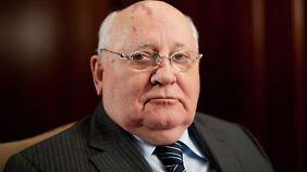 """In russischen Medien hat Ex-Sowjetpräsident Gorbatschow ein """"schreckliches Blutvergießen"""" vorausgesagt."""