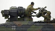 Seit die Bundesregierung darüber nachdenkt, den kurdischen Peschmerga im Kampf gegen die IS-Terrormiliz mit deutschen Waffensystemen beizustehen, ist die Panzerabwehrlenkwaffe in aller Munde.