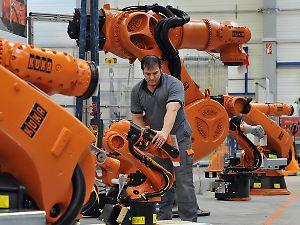 Der deutsche Konzern Kuka gehört zu den Marktführern bei Industrierobotern.
