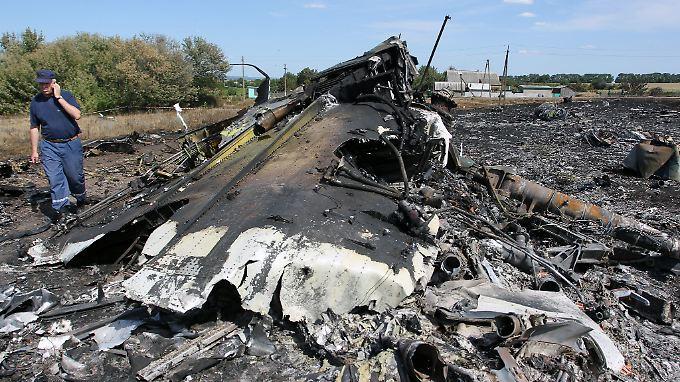 """Wessen """"Objekte"""" durchlöcherten den Flug MH17?"""