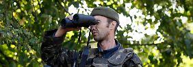 Auf der Krim: Kiew: Russische Soldaten an Grenze verlegt