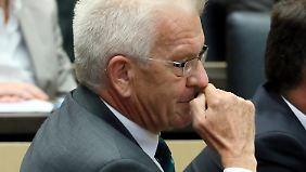 Mehrheit im Bundesrat: Kretschmann sagt Ja zu schärferem Asylrecht