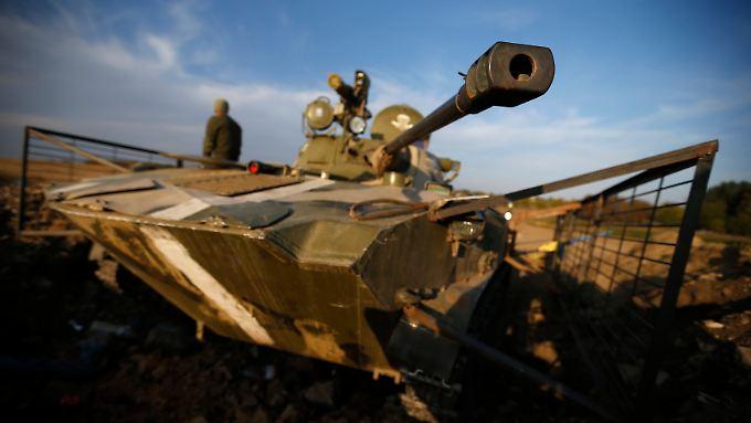 Im Osten der Ukraine verliert die Armee einen Großteil ihres Kriegsgeräts.