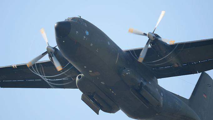 Mit dieser Transall wollten die sechs Ausbilder in den Irak fliegen, haben es aber nur bis Bulgarien geschafft.