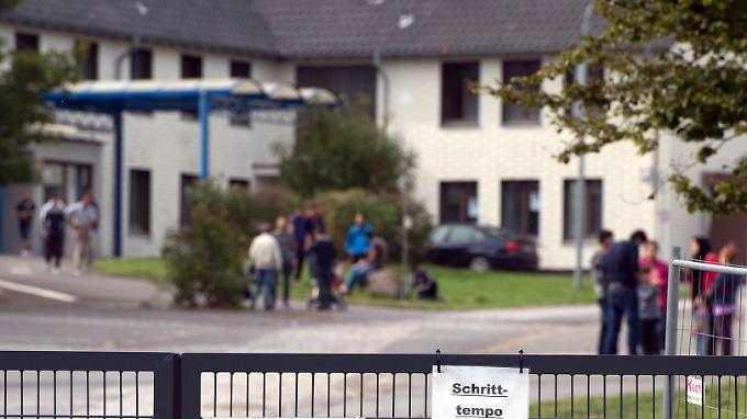 Die Notunterkunft in Burbach im Siegerland beherbergt 700 Flüchtlinge und Asylsuchende. Der berichtete Vorfall soll kein Einzelfall sein.