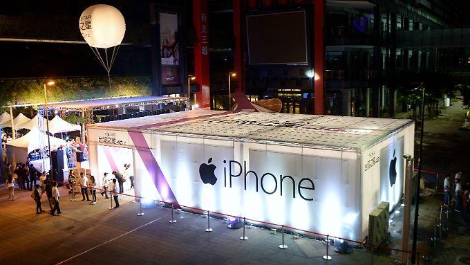 Ende der Feierlaune? Apple beim Verkauf des iPhone 6 in Taiwan.