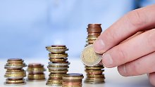Rentenfonds erscheinen vielen Anlegern als sicher. Doch auch bei diesen Finanzprodukten können die Anteilspreise schwanken.