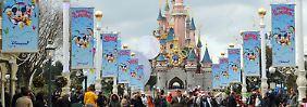 Griff in den Geldspeicher: Euro-Disneyland braucht Rettungsspritze