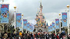 Immer weniger Besucher kommen ins Disneyland bei Paris.