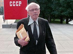 Memorial wurde auf Initiative des sowjetischen Dissidenten und Friedensnobelpreisträgers Andrei Sacharow gegründet.