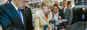 Mit Staatsbesuch im Supermarkt: Merkel geht mit Chinas Ministerpräsident Li shoppen