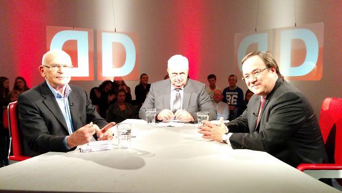 Günter Wallraff und Armin Laschet bei Heiner Bremer zu Gast.