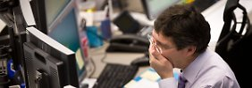 Tiefrote Indexstände: Panik-Verkäufe setzen Europas Börsen zu