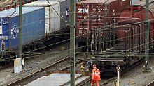Mit der Erholung der Wirtschaft legt auch der Güterverkehr auf der Schiene wieder kräftig zu.