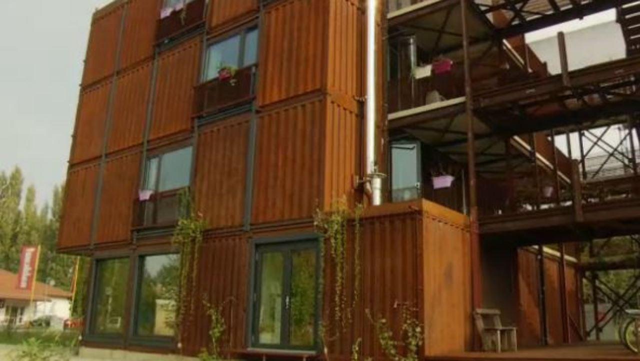 Container Zum Wohnen living in an box wohnen im container n tv de