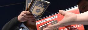 """Islamistisches Netzwerk: """"Die wahre Religion"""" und """"Lies!"""