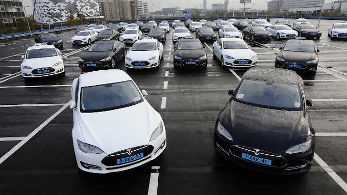 Aktien bringen 780 Millionen Dollar: Daimler steigt bei Elektroauto-Pionier Tesla aus