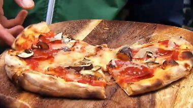 Qualität erkennbar am Klang: Die beste Pizza Deutschlands gibt's in Lübeck