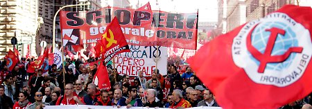 Bis zu eine Million bei Demo in Rom: Italien lehnt sich gegen Renzi auf