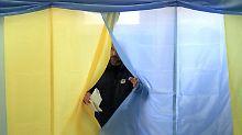 Die Rechten spielen keine Rolle: Ukrainer stimmen für Pro-Europa-Block