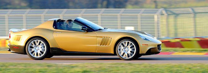 Also suchte Walson das Special Projects-Team von Ferrari in Maranello auf und skizzierte seine Wünsche. Golden sollte