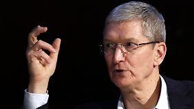 Apple-Chef Tim Cook macht seine Homosexualität öffentlich.