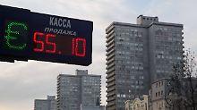 Rubel verliert weiter an Wert: Russischer Leitzins steigt kräftig