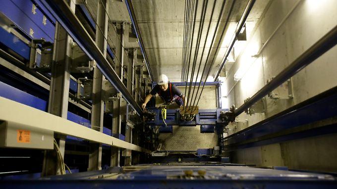 Das Geschäft mit deutschen Aufzügen boomt derzeit.