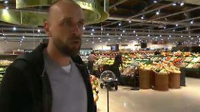 Vom Fußballfeld an die Käsetheke: Kulttrainer Stanislawski leitet Hamburger Supermarkt
