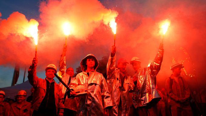 Warnstreik der IG Metall in Duisburg 2010. Die Gewerkschaft hat klar gemacht, notfalls in den Arbeitskampf einzutreten.