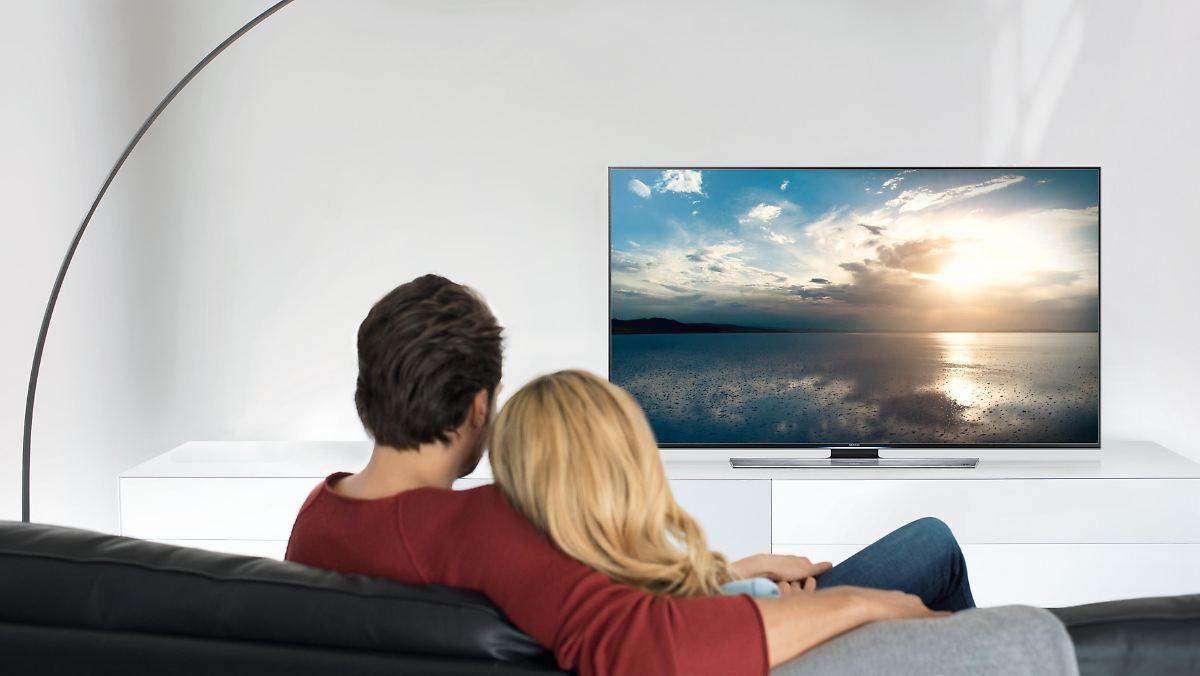 warentest steht nicht auf kurven die 10 besten fernseher. Black Bedroom Furniture Sets. Home Design Ideas