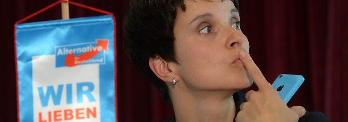 Frauke Petry ist eine von drei Sprecherinnen der AfD-Spitze.