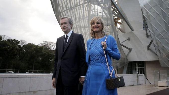 LVMH-Chef Bernard Arnault mit Gattin Helene Arnault. Er hält weiter 8,5 Prozent an Hermès.
