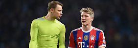 Dann halt das nächste Mal: Manuel Neuer und Bastian Schweinsteiger in Manchester.