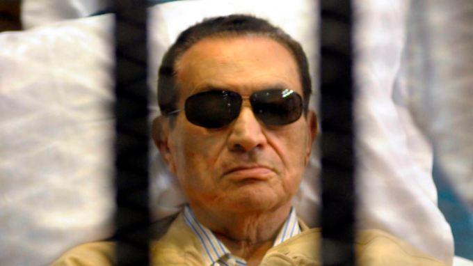 Mubarak während des Prozesses im Jahr 2012.