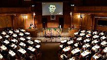 Digital in Stockholm anwesend: Snowden erhält Alternativen Nobelpreis
