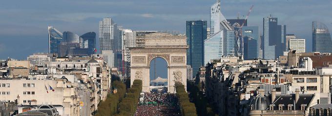 Fast ein Viertel der Menschen im Alter zwischen 15 und 24 Jahren ist in Frankreich arbeitslos.